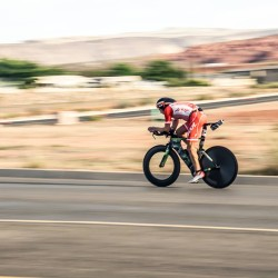 Hoffman flying on the bike in St. George (photo: FB)